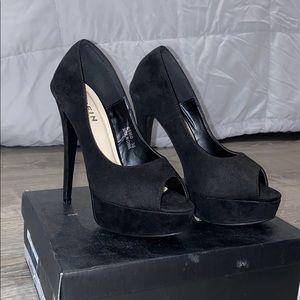 Black 4 inch heels
